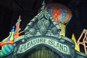 L'ile aux plaisirs dans 'Pinocchio' ©Disney
